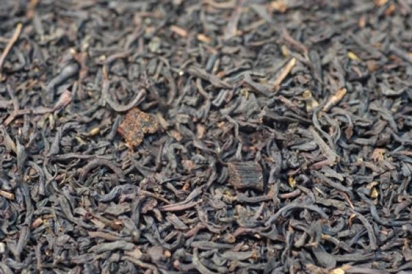 Schwarzer Tee Vanille mit Stücken